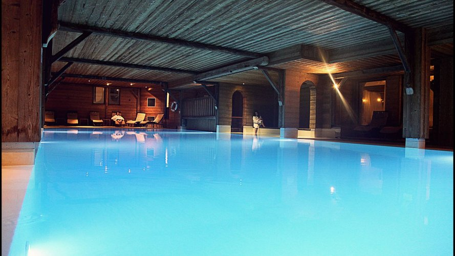 piscine hotel Marmotte Gets